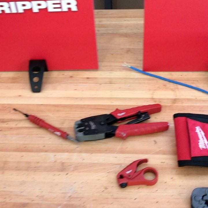 toolsinactionNew Milwaukee tool crimper 48-22-3075. It ratchets and provides even pressure to each crimp. Look for it at the end of this year. #nps17 #tiacrew #server
