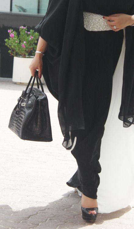 Abaya style hautearabia#haute#luxury#couture#designer#fashion#inspiration, #style#clothes#dress, #evening#luxury#cele#arabian#arab#middleeast#culture#tradition#roselle#abaya