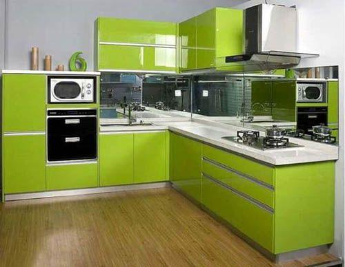 Зеленый цвет в дизайне современной кухни.