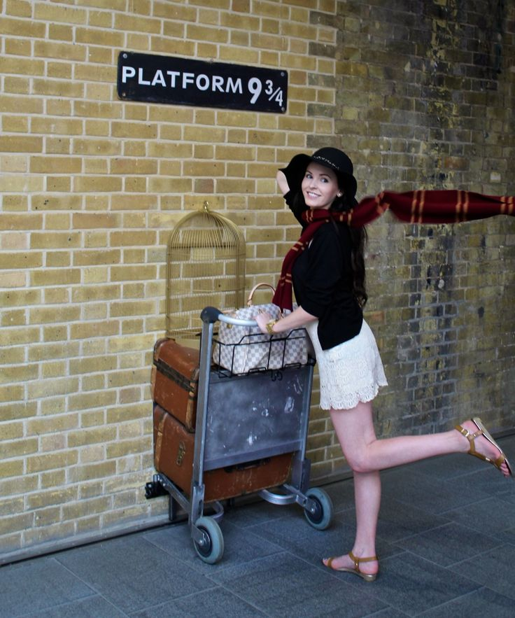 You can't go to London and not see these 20 must see London attractions - including a visit to the magical Platform 9 3/4!