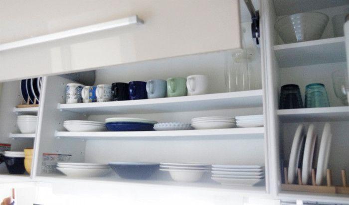 つい増えちゃう食器類…みんなどう収納してるの?『人気ブロガーさんの食器棚』を拝見! | キナリノ