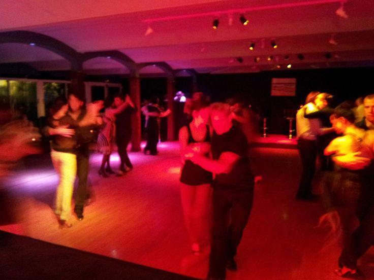 Noches de Tango en Río Grande  http://riogrande-sevilla.com/