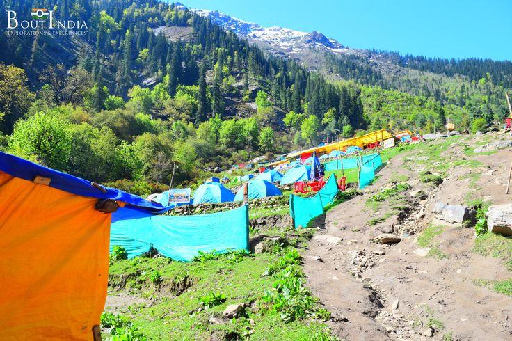 Camping at #Khirganga #ParvatiValley One of the most refreshing treks in Himachal Pradesh. #travel #India #boutindia #Khirganga #trek #camp #exploremore #triptoIndia #tourindia