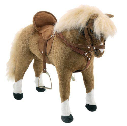 Geschenketipp für kleine Pferdeliebhaber Ist Ihr Enkelkind auch ein kleiner Pferdeliebhaber und immer ganz aus dem Häuschen, wenn man beim Spaziergang oder beim Autofahren bei einer Pferdekoppel vorbeikommt? Für den Fall haben wir eine Geschenkempfehlung, mit der Sie bei Ihrem Enkelkind ganz sicher punkten können und ein großes Lächeln in das Gesicht zaubern werden:http://www.grosseltern.de/geschenke/geschenketipps/geschenketipp-fuer-kleine-pferdeliebhaber/
