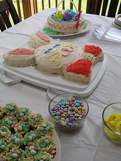 Easter party ideas: Easter Parties, 2 Cakes, Bunnies Cakes, Easter Bunnies, Parties Ideas, Easter Party, Party Ideas, Parties Food, Easter Ideas