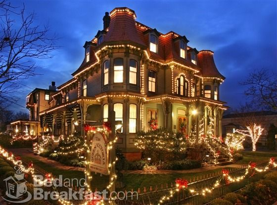 Best Christmas Decorations In Northern Nj : Cape may christmas dreamy places