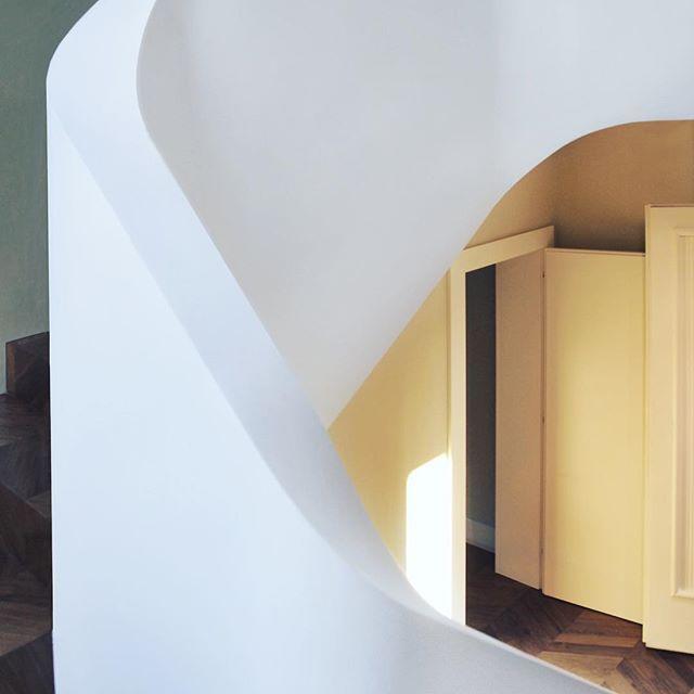 Buda house - '50s villa refurbished |||||||||||||||||||||||||||  SENSUAL HANDRAIL