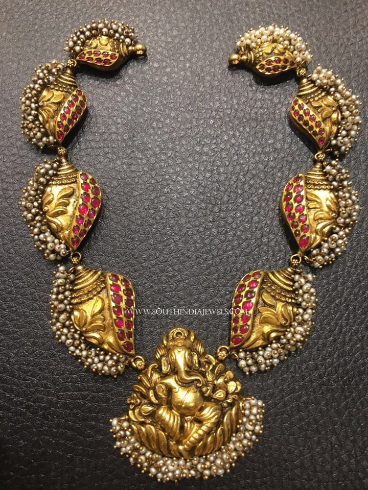 Gold Antique Ganesh Choker Necklace, 22K Gold Antique Ganesh Necklace Designs, Gold Ganesh Necklace Models.