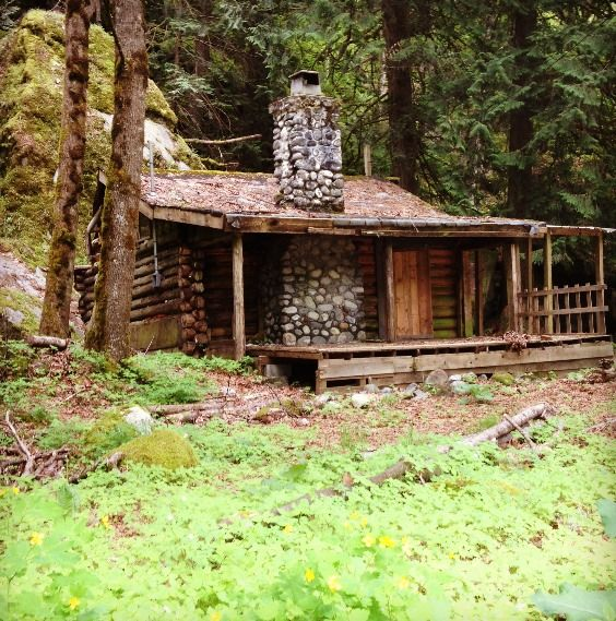 who needs some large fancy house? put me in a cabin on some wooded land and I'll be content :)