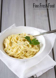 Schnelle Pasta in Käse-Sauce