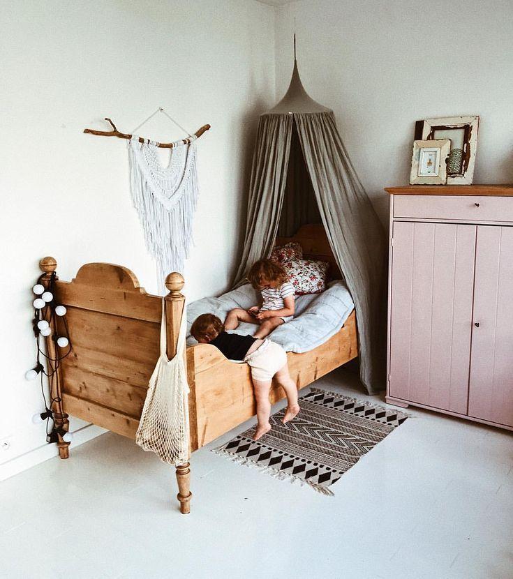 facile comme samedi matin. . #kids #childhood #girl #kidsroom #home #de   – Meidenkamer