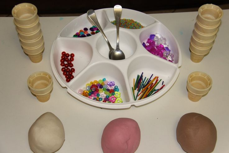ICE CREAMS. Toppings