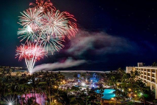 New Years Eve Fireworks In Honolulu New Years Eve Fireworks New Year Fireworks Hawaii