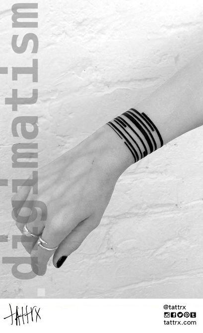 die besten 25 ideen zu armband tattoo auf pinterest band tattoo tinte und t towierungen. Black Bedroom Furniture Sets. Home Design Ideas
