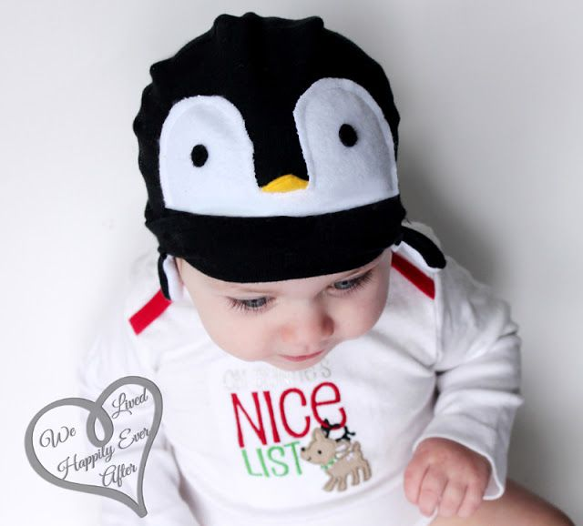 http://www.welivedhappilyeverafter.com/2012/12/free-baby-penguin-hat-pattern.html
