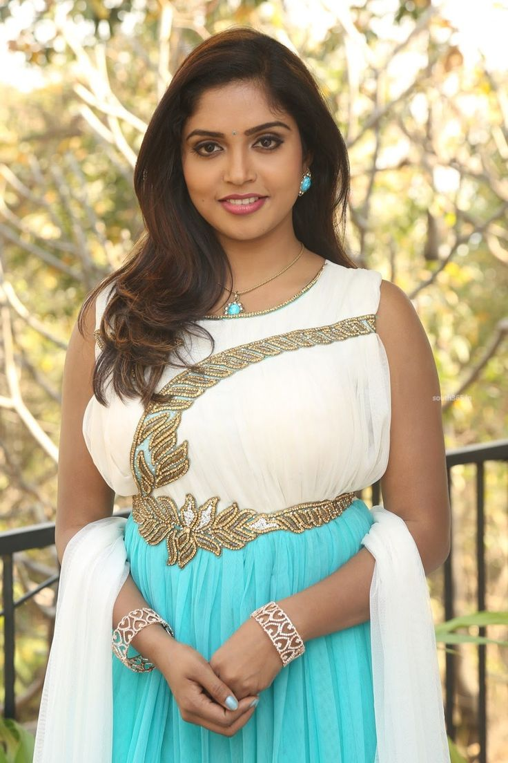 Telugu Movie Actress Karunya Chowdary At Sreevatsa Creations Movie Launch (22) at Karunya Chowdary at New Movie Launch  #ActressKarunya #KarunyaChowdary