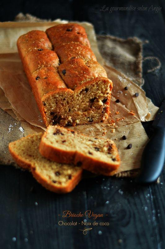 brioche {noix de coco & chocolat} #vegan http://www.la-gourmandise-selon-angie.com/archives/2014/05/11/29844509.html