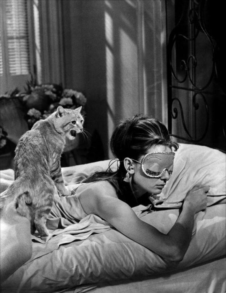 Película: Desayuno con diamantes (1961)