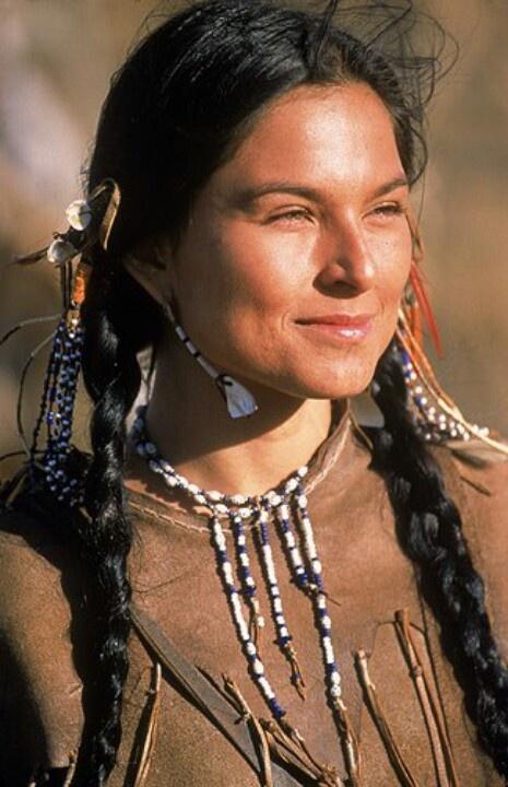 Lovely lady........proud Mohawk