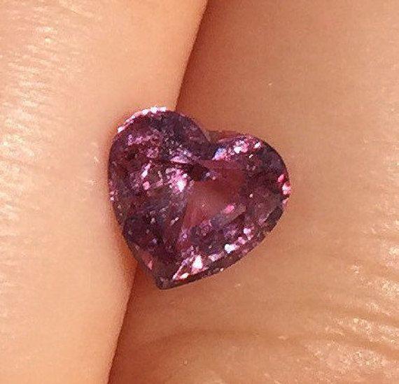 Heart shape Natural Pink Sapphire 1.47 carat Loose by BridalRings