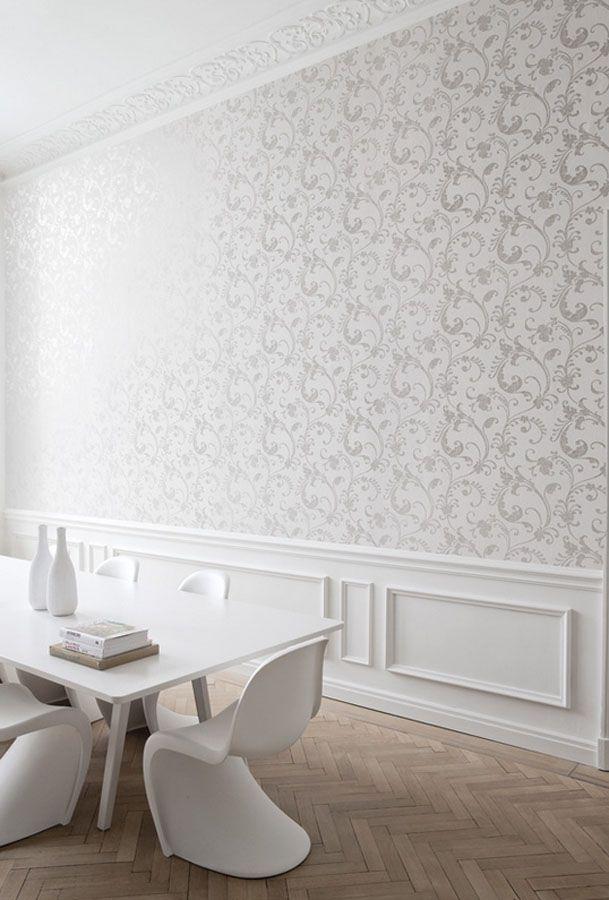 Khroma Klasyczna tapeta z błyszczącym ornamentem do stylowych nwetrz salonu i sypialni. Moments Snow Piękne Tapety