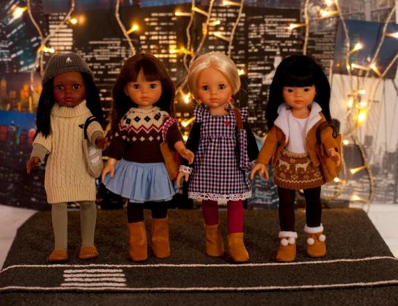 Nicoleta paseando por la ciudad #juguetes #imaginarium