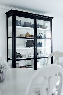 Black cabinet with white interior and shelves: Open Shelves, Display Cabinets, China Cabinets, Black Furniture White Rooms, Black Cabinets, Black White, Glasses Cabinets, White Interiors, Curio Cabinets
