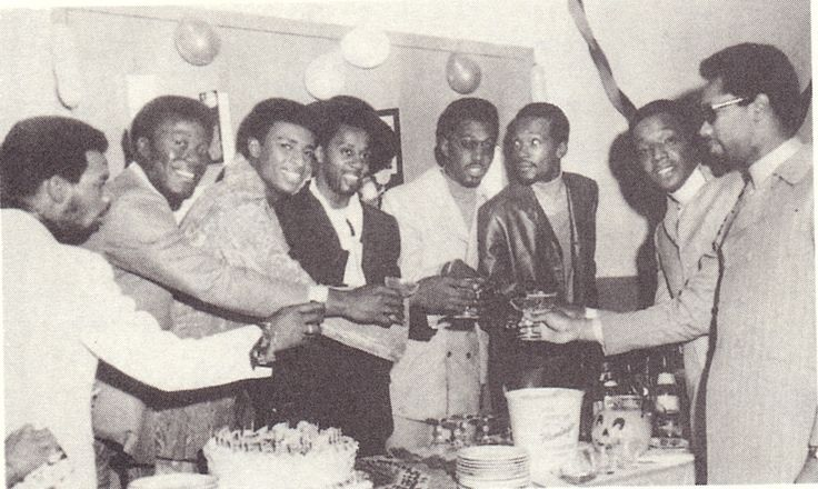 Taken at Otis's birthday party. Look at Eddie omg. He is so beautiful. And he's just standing there! He's just standing there, and holding a drink, and casually looking off to the side, and being THE MOST GORGEOUS HUMAN BEING..WOW!