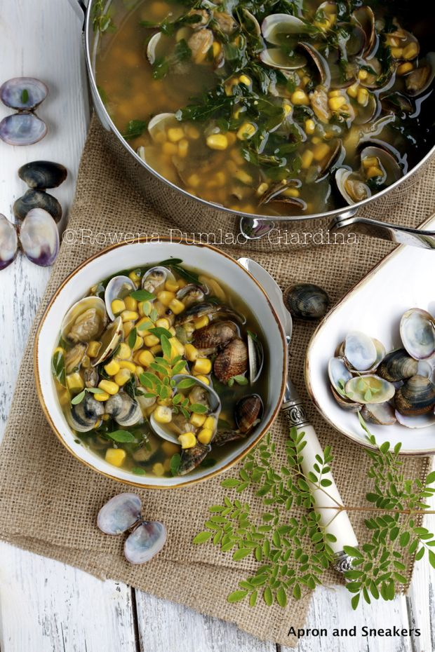 Apron and Sneakers - Cooking & Traveling in Italy and Beyond: Clam & Corn Soup with Moringa Leaves and a Day Around the Palatine Hill & Colo...