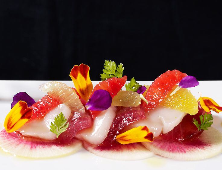 Scallop Ceviche & Tuna Sashimi...Ohhhh God, looks so yum!!!                                                                                                                                                      More