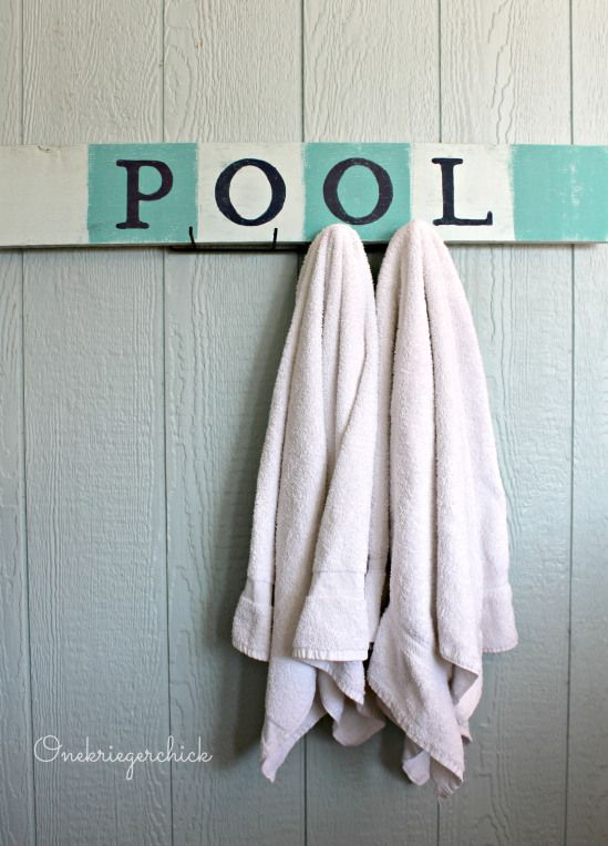 Pottery Barn inspired DIY POOL sign {Onekriegerchick.com}