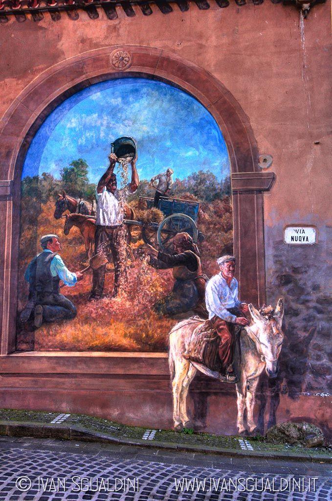 Murales a Tinnura, Oristano Sardegna Italy
