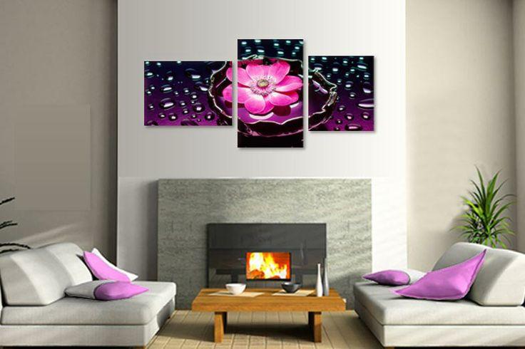 Tablou reprezentand floare intre stropi de apa, din 3 piese ptr. un living deosebit.