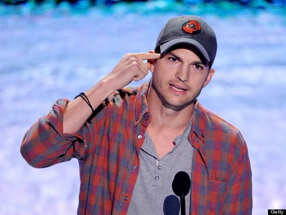 Ashton Kutcher's speech at the Kids Choice Awards is AWESOME!!  Great words... I like him even more now!