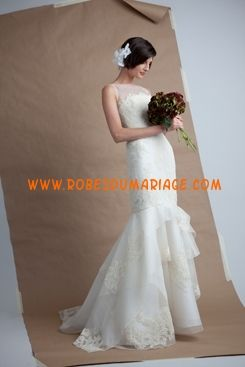 Angel Sanchez robe de mariée glamour longue sirène simple ornée d'appliques dentelle Style N7009