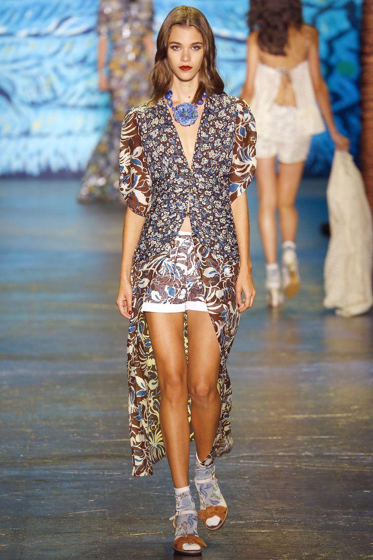 Anna Sui Spring 2016 Ready-to-Wear Collection Photos - Vogue