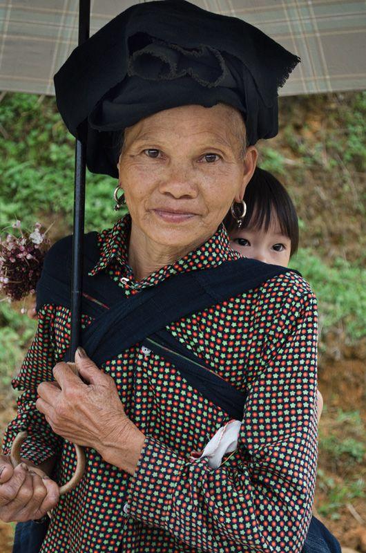 Habitants du village à Mu Cang Chai
