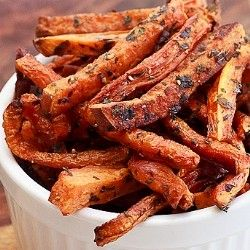 Crisp and healthy roasted carrot fries