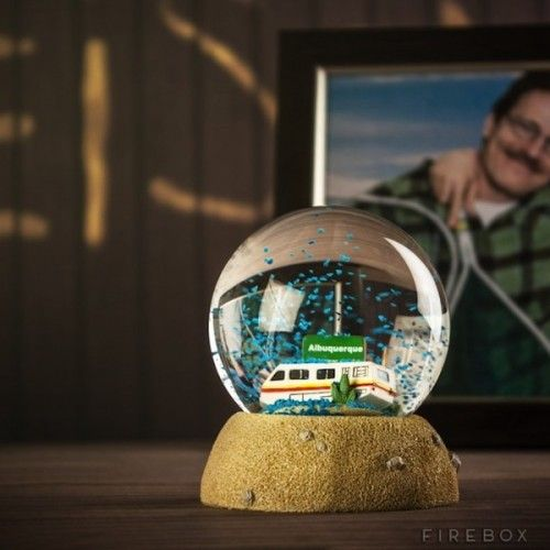 An excellent Breaking Bad snow globe. It's raining crystal blue