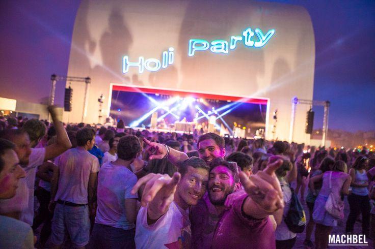 Holi Party con los Nasty Mondays Holi Party Festival 2014 en Centro Niemeyer de Avilés Asturias by machbel