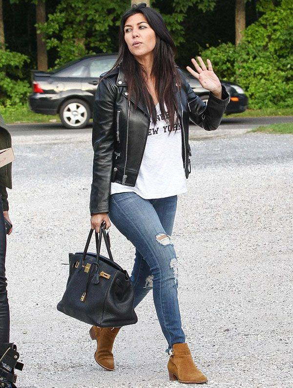 kourtney-kardashian-it-girl-celeb-style-bota-suede