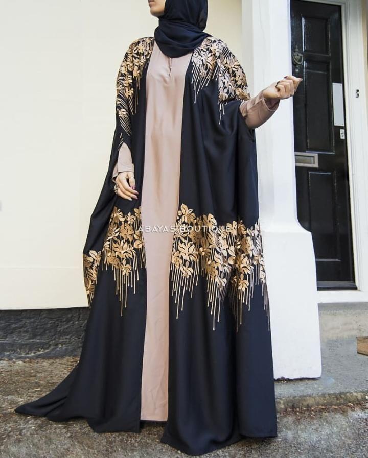 A Fusion Between Modern And Traditional Abaya Styles 15 Abaya Designs Abaya Fashion New Abaya Style