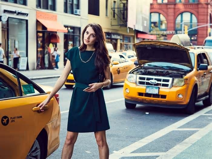 6 new clothing, footwear, and handbag brands every professional woman should know The Insider Picks team writes about stuff we think you'll like. Business Insider has affiliate partnerships so we get a share of the revenue from your purchase. Getting dressed for work as a woman can be difficult