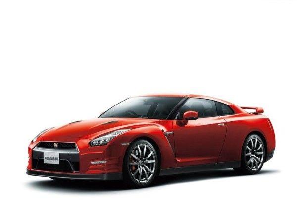 2015 Nissan GT R Side 600x424 2015 Nissan GT R Review Details