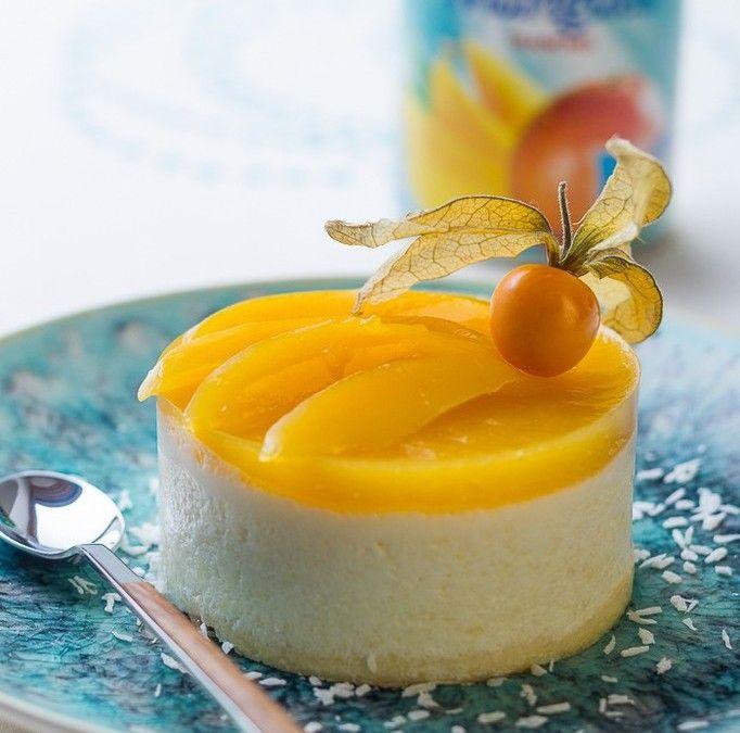 Bavarois Exotique ✪ Ananas, Mangue & Noix de Coco http://cuisine-addict.com/bavarois-exotique-ananas-mangue-noix-de-coco/