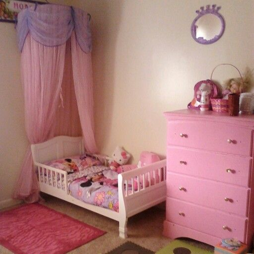 Best 25+ Minnie mouse baby room ideas on Pinterest | Mickey mouse ...