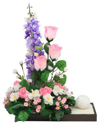 Arreglo de rosas y flor de durazno. Manualidades para centro de mesas
