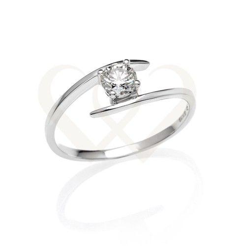 Fehér arany eljegyzési gyűrű gyémánt kővel.  Gyémánt súlya 0,33 CT. // White gold engagement ring with 0,33 CT diamond.