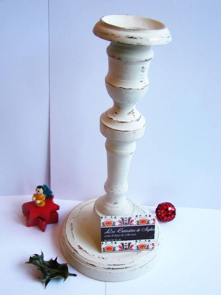 vintage   bougeoir  repeint en blanc ivoire + patiné par mes soins Paris France vers 1900 bon état cadeau Saint Valentin de la boutique CuriositesdeSophie sur Etsy