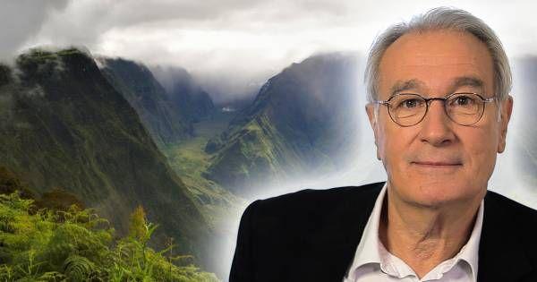 """Passionné par les îles, qui sont selon lui """"des mondes en eux-mêmes"""", Bernard Le Coq a particulièrement été séduit par la Réunion."""